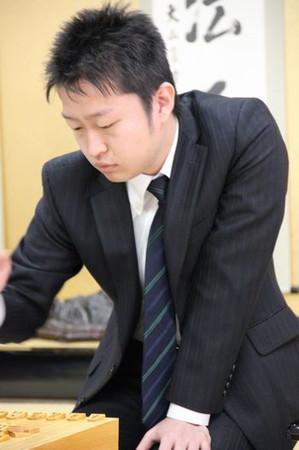 藤井聡太七段VS船江恒平六段【第78期順位戦】(2019/12/3)の成績や中継